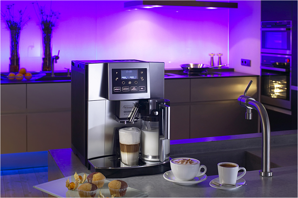 DeLonghi Perfecta  im Showroom  von Walter Wendel